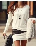 Robe courte blanche, tunique